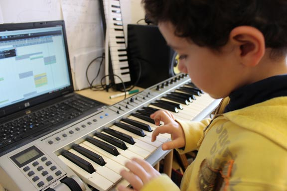 association-studio-nobole-atelier-de-creation-numerique-musique-video-dessin-anime-musique-assistee-par-ordinateur