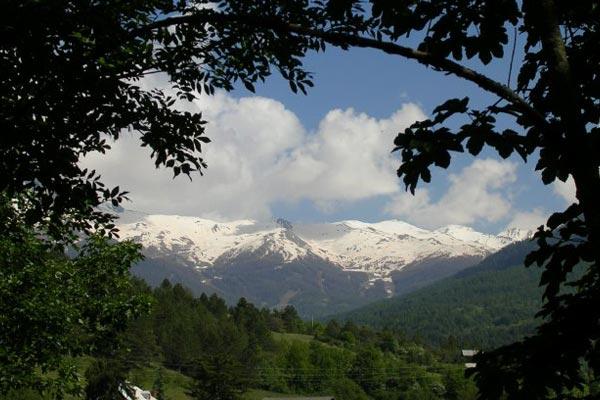 classe découverte audiovisuelle dans les Hautes Alpes - vue sur la montagne