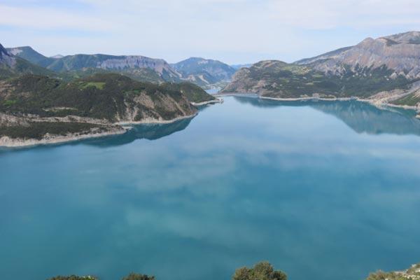 classe découverte audiovisuelle dans les Hautes Alpes - lac de serpençon