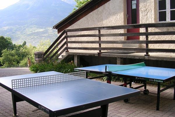 classe découverte audiovisuelle dans les Hautes Alpes - table de ping pong